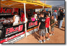 2010-rnd9-worcs-racing-09-elka-suspension-atv-calendar-signing-225